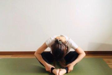 在宅ワークで疲れた体をリフレッシュ!腰痛改善3分ストレッチの画像